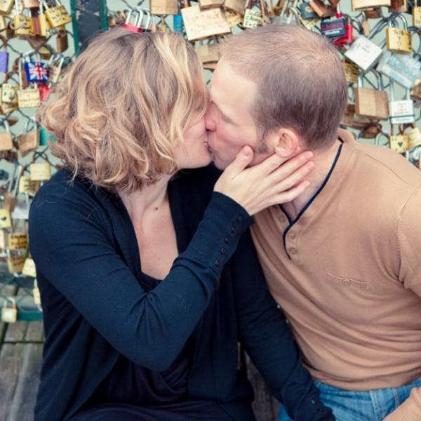 Séance Engagement dans Paris : Lucie et Yoann