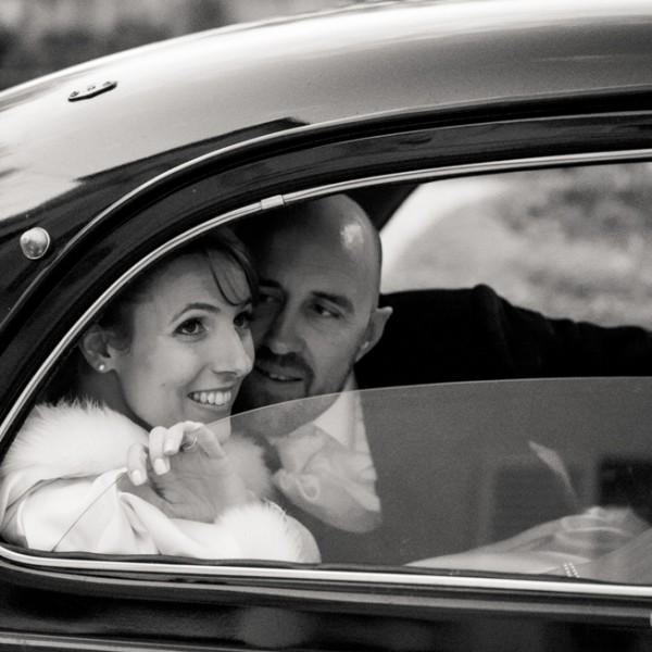 Photographe de mariage : Reportage en hiver au château de Santeny