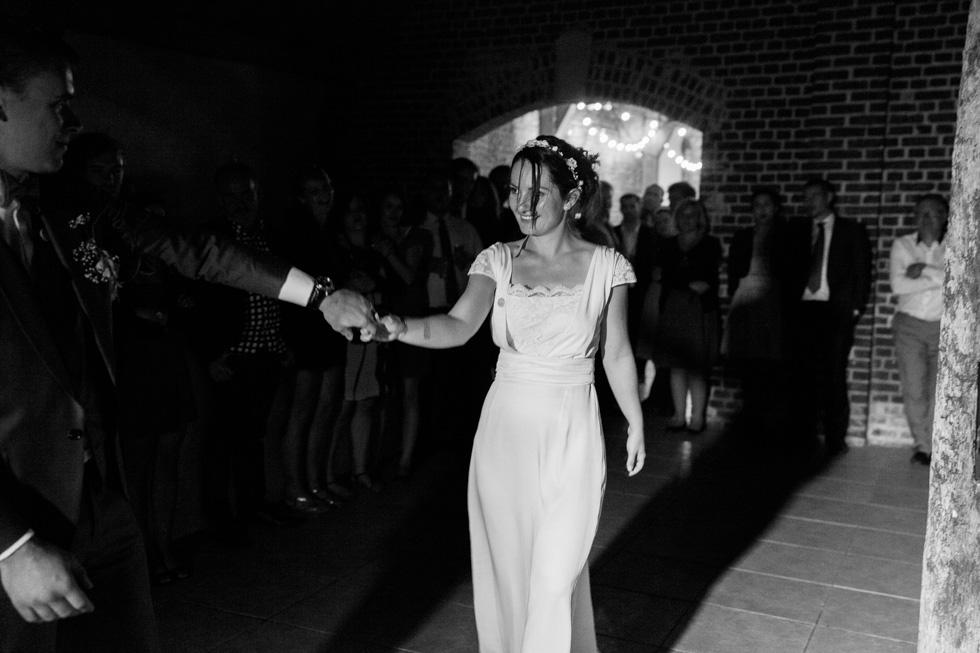 photographe-mariage-paris-grange-des-triples-pamestla-aurelie-clement-1133
