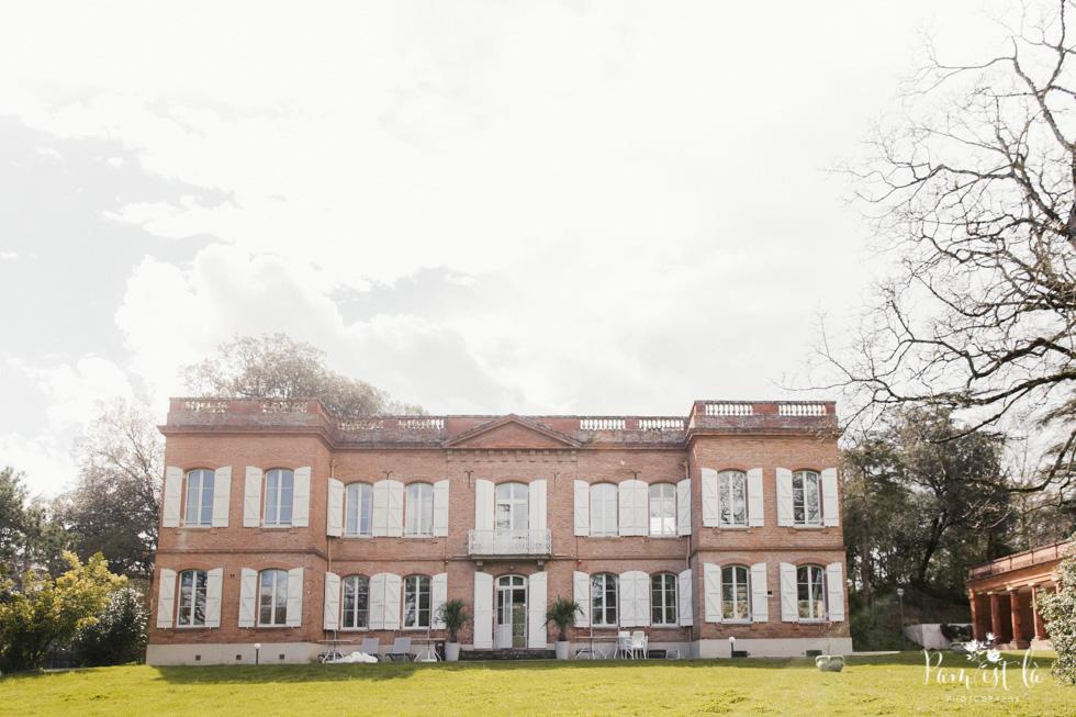 Préparatifs de la mariée au domaine de Montjoie - Photo du domaine de Montjoie - Pam est là photographe
